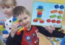Świetna zabawa klockami Lego.